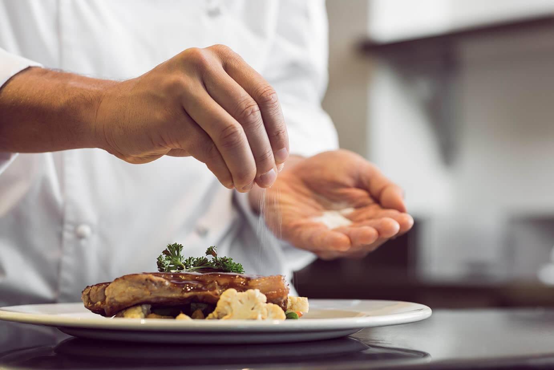 6 regole per diminuire il sale a tavola
